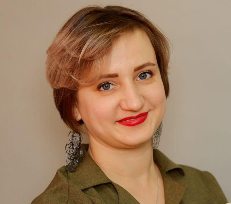 Елена Бузарду